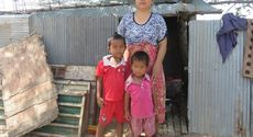 The current home Hoem Narun's family.